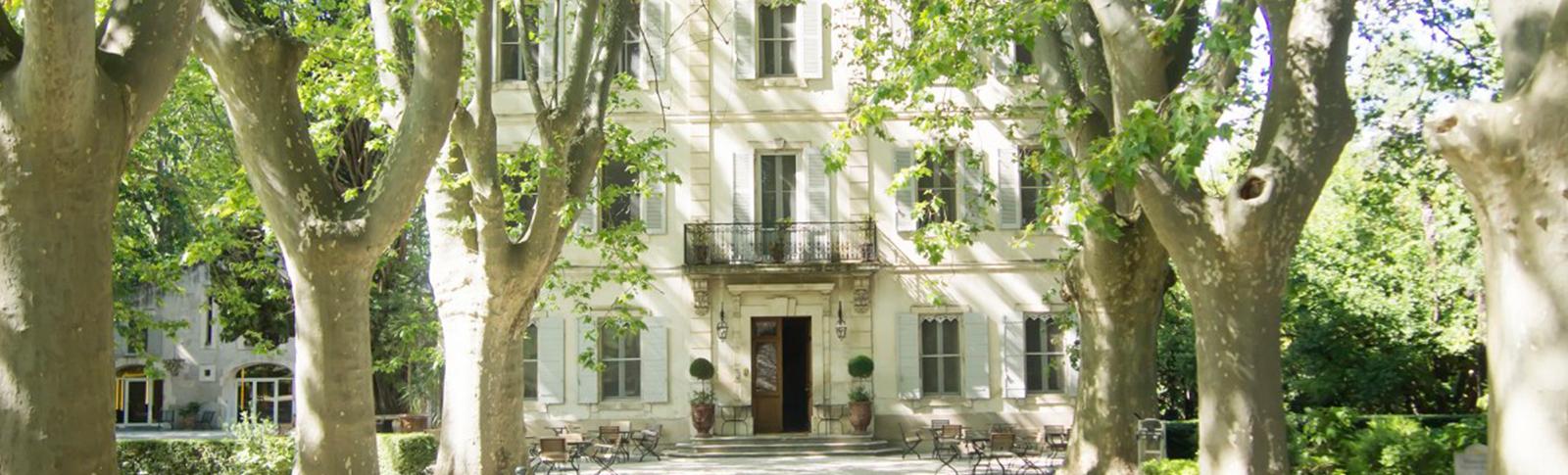 Restaurant Chateau des Alpilles - ma villa en provence